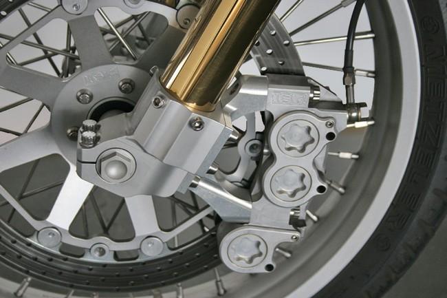 Актер Киану Ривз будет производить мотоциклы