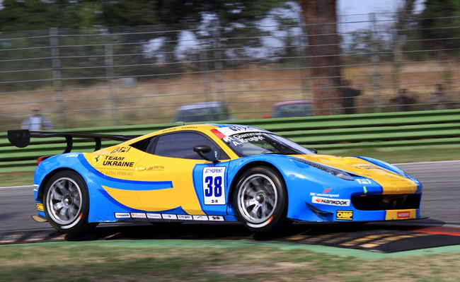 Team Ukraine racing with Ferrari борется за европейское «золото»