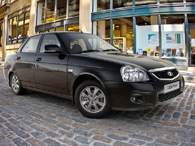 Первые рестайлинговые Lada Priora в Украине