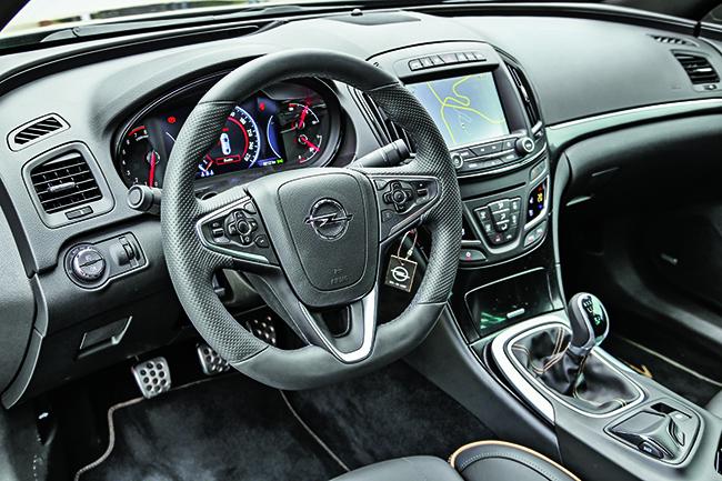 Тест драйв Opel Insignia