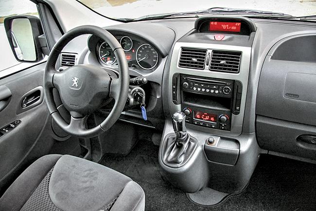 Тест-драйв Peugeot Expert Tepee