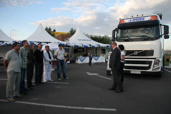 В Украине объявлен победитель по экономичному вождению на грузовиках Volvo