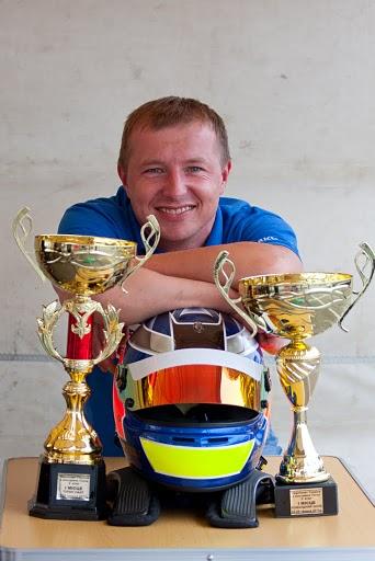 """Чемпион Украины 2010 года в классе """"Туринг-лайт"""" Игорь Скуз"""