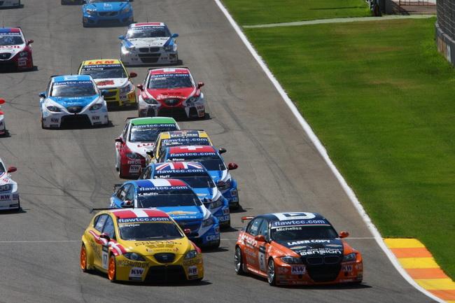 WTCC в Валенсии, старт второй гонки