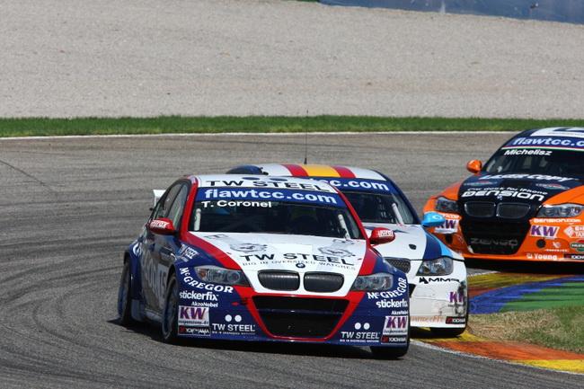 WTCC в Валенсии, Вилла атакует Коронеля