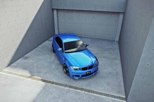 купе BMW 1 Series