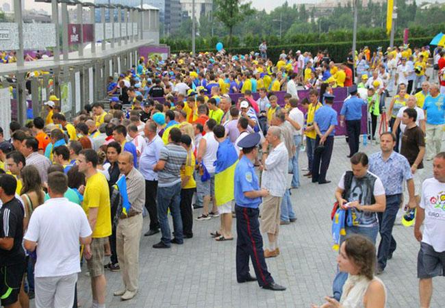 ГАИ советует объезжать «Донбасс-Арену»