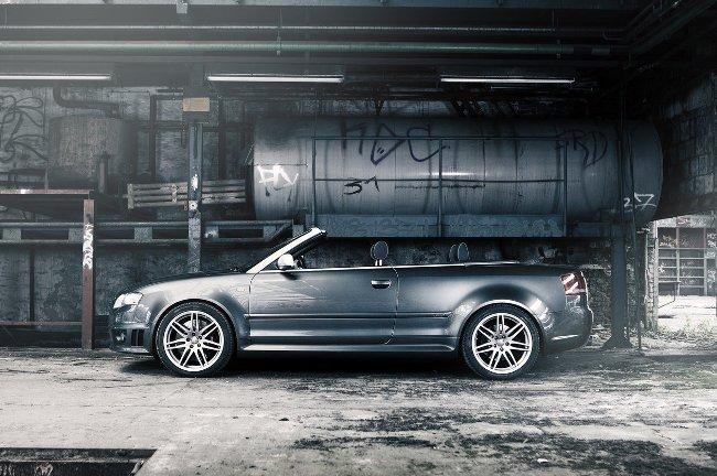 Тюнингованный кабриолет Audi RS4