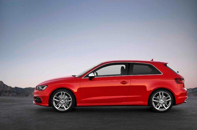Новинки Парижского автосалона 2012: Новый Audi S3