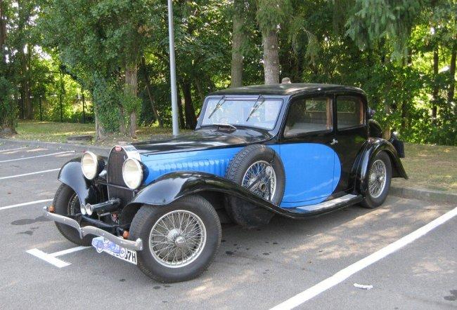 выставка классических Bugatti