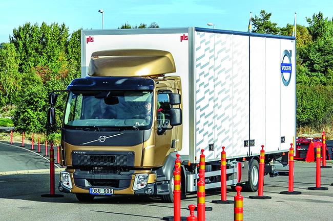 Тест-драйв Volvo FL