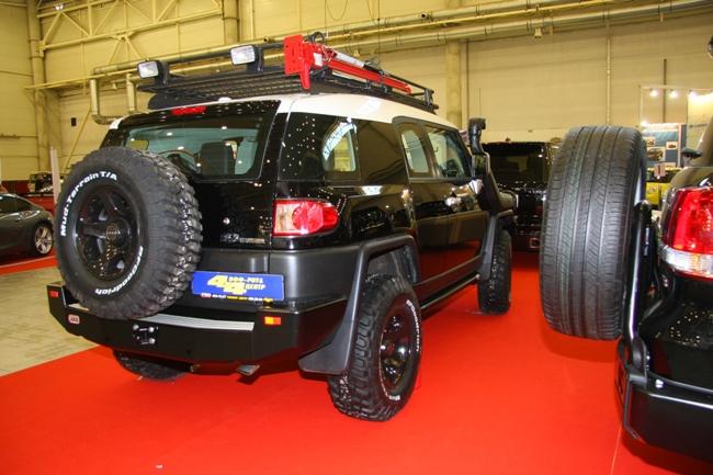 «ОффРоуд Центр 4х4» основательно «прокачал» Toyota FJ Cruiser для бездорожья.