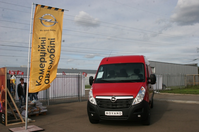 Opel Vivaro и Movano