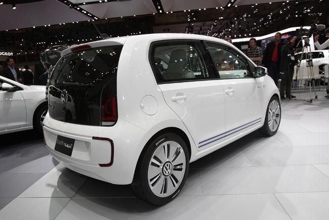 Токийский автосалон 2013: новый Volkswagen Twin-Up
