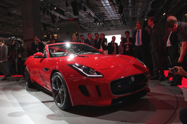 Jaguar F type 002