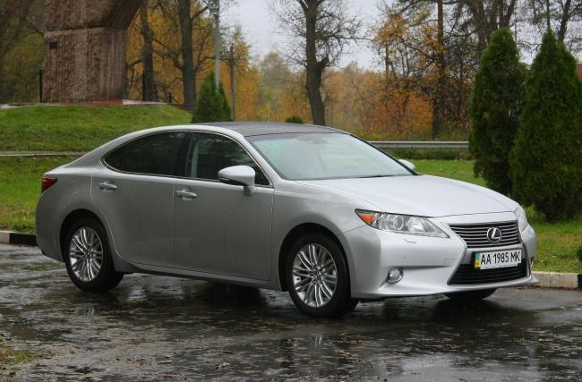 Lexus ES350 000