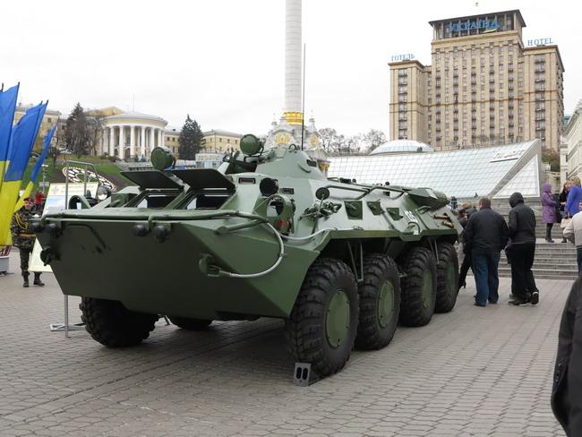Выставка военной техники в Киеве: БТР-80