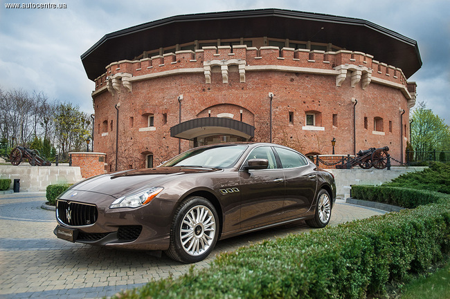 Во Львове презентовали две новые модели Maserati
