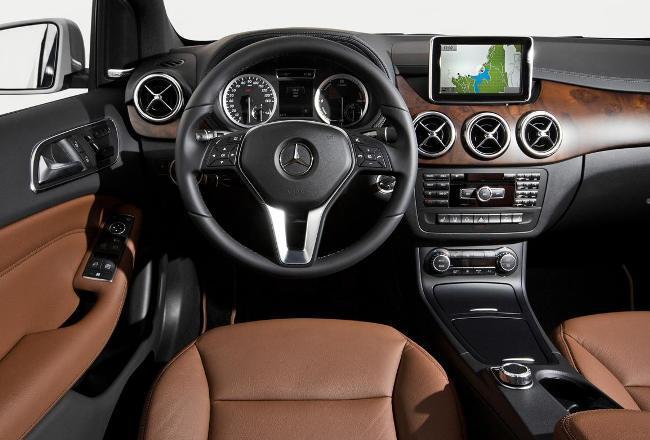 Электрический Mercedes B-class уже в автосалонах