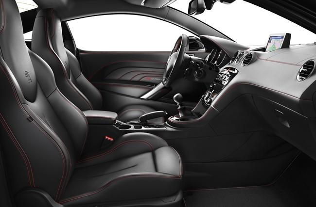 Peugeot RCZ по-особенному встречает весну-красну