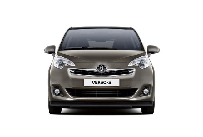 Toyota Verso сменила личико