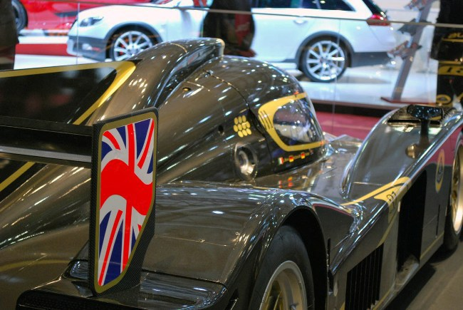 Lotus исключили из 24-часовой гонки Ле-Мана