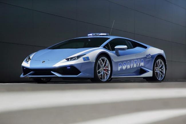 Lamborghini Huracаn записался в полицейские