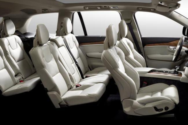 Новый Volvo XC90 показал внутренности
