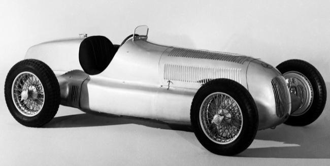 Серебряные стрелы Mercedes празднуют 80-летие