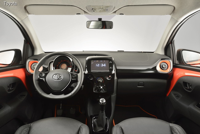 Toyota Aygo отправилась на конвейер