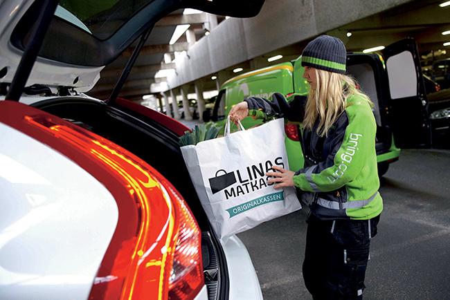Компания Volvo разработала новую систему курьерской доставки
