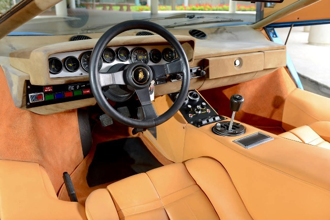 Lamborghini Countach продали за рекордную сумму