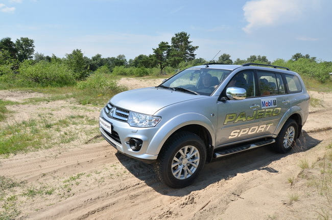 Выездной тест-драйв внедорожников Mitsubishi