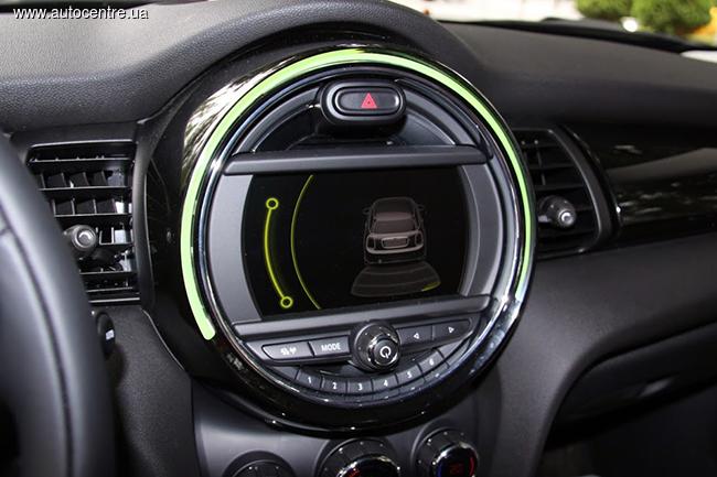 новое поколение хэтчбека MINI Cooper