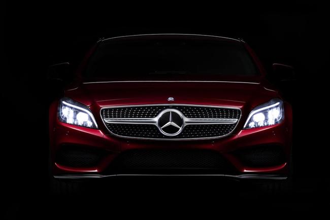 Рестайлинговый Mercedes-Benz CLS раскрыл глазки