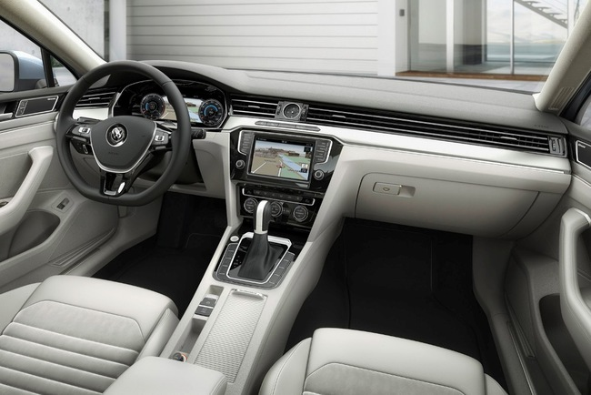 Volkswagen представил восьмое поколение Passat