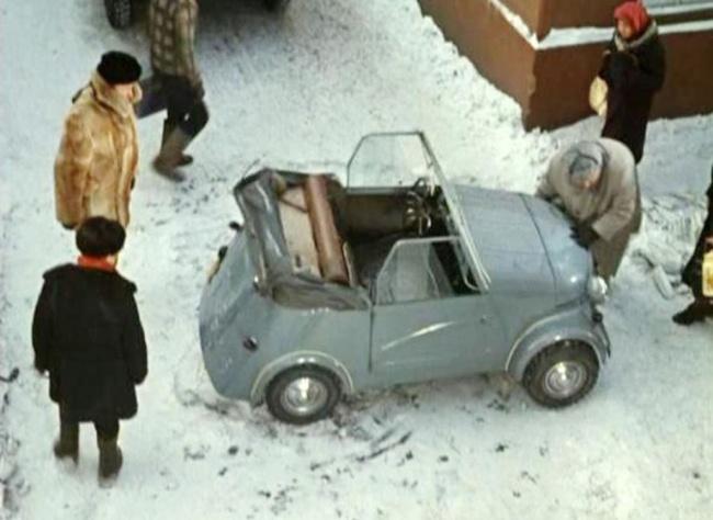 """""""Автоцентр"""" назвал 10 самых ярких автомобилей-киногероев отечественного кино"""