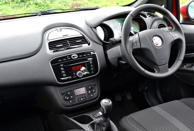 Индийский FIAT Punto обновили