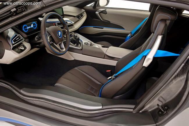 BMW i8 был продан за $825000