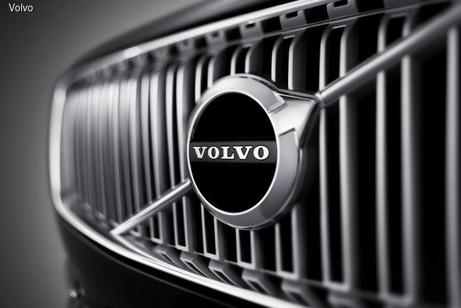 Volvo XC 90 щеголяет импозантной внешностью