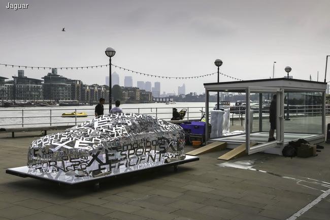Jaguar XE стал скульптурой