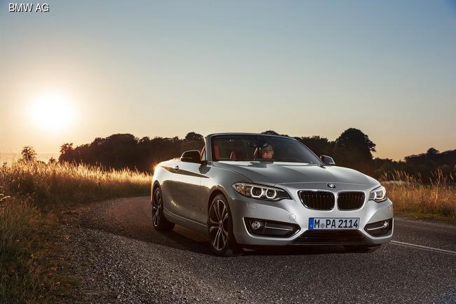 В Париже презентуют новый кабриолет BMW 2-серии