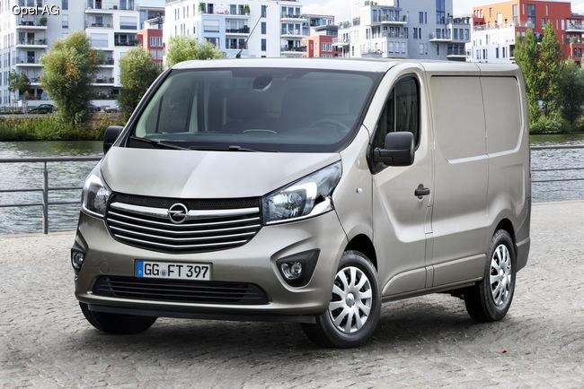 На выставке в Ганновере Opel презентует новый Vivaro Combi
