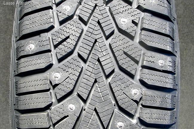 Тест зимних шин 205/55 R16: Шипованные