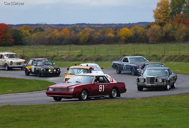 В США прошла уникальная 24-часовая гонка LeMons