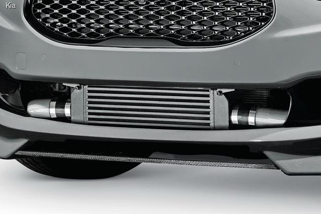 Kia «зарядила» для SEMA-2014 флагманский седан K900