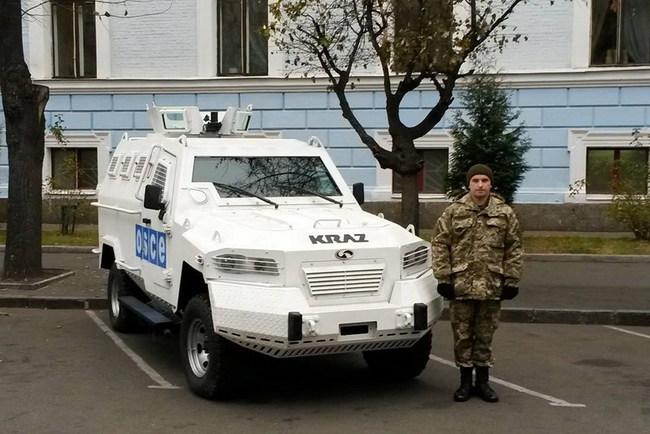 Передача бронеавтмобилей КрАЗ для ОБСЕ