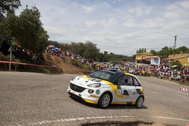 Opel Adam R2 достойно провел гоночный сезон