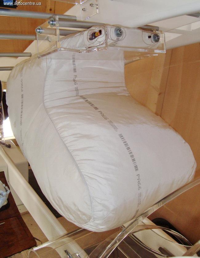 Впервые фронтальные подушки безопасности будут у всех пассажиров