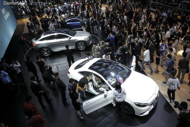 Mercedes-Benz закончил 2014 год очередным рекордом продаж